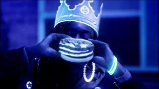 Comercial BURGER KING – Mega Stacker Catupiry na luz negra
